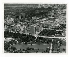 Aerial photo of the medical center showing the East Pavilion as a stand-alone structure until the West Pavilion construction began, 1974.