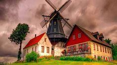 bela casa com moinho de vento de hd de volta... Vetor