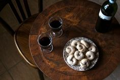 Ciambelline al Vino (Red wine and Fennel Ring Biscuits) | ITALY Magazine
