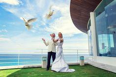 Dove release after wedding at Wiwaha Chapel - Nusa Dua - Bali