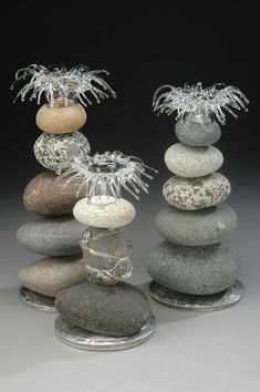 Candlesticks — Wendolyn Hammer Stone Crafts, Rock Crafts, Pebble Painting, Pebble Art, Stone Glue, Rock Sculpture, Rock And Pebbles, Mandala Rocks, Beach Crafts