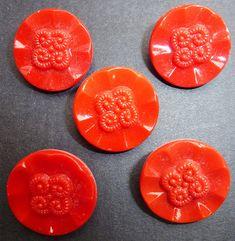 vintage Three pink buttons diameter 3.3 cm