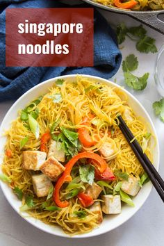 These Singapore noodles are made with crispy stir-fried rice noodles in curry sauce with veggies and pan-fried tofu. Better than takeout and almost as easy! Easy Vegan Dinner, Vegan Dinner Recipes, Delicious Vegan Recipes, Vegetarian Recipes, Vegan Vegetarian, Vegan Food, Vegan Curry, Rice Noodle Recipes, Tofu Recipes