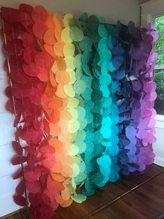 Paper Circle Garland: Rainbow 🤯Garland made from coffee filters!Papierkreis Garland: Regenbogen - Home PageNot a full rainbow though to look gay prideish but definitely full circles look much fuller than cones to make a partition Circle Garland, Paper Chains, Diy Papier, Rainbow Birthday, Paper Flowers, Party Time, Backdrops, Backdrop Ideas, Balloons