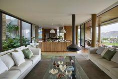 Valley House / David Guerra