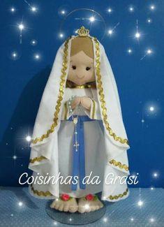 Kirchen, Santa, Dolls, Christmas Ornaments, Disney Princess, Disney Characters, Holiday Decor, Felt Dolls, Fabric Dolls