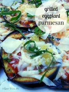 Grilled Eggplant Parmesan is a lighter summer-friendly version of a traditionally heavy meal. Grilled eggplant covered in tomato sauce, mozzarella, and fresh basil. Grilling Recipes, Veggie Recipes, Low Carb Recipes, Vegetarian Recipes, Healthy Recipes, Grilling Ideas, Grilled Eggplant, Eggplant Parmesan, Eggplant Recipes