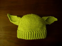 barkingladybug's world: Crocheted Yoda Hat