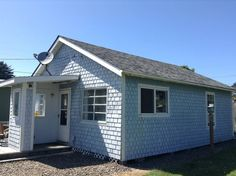 Check out this awesome listing on Airbnb: Yachats Cottage by the Sea - Houses…