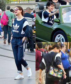 #SelenaGomez was seen at Disneyland in Anaheim over the weekend! • • • • • #SelenaGomez foi vista na Disneyland em Anaheim durante o final de semana!
