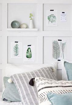 Спальня в цветах: серый, белый, салатовый, сине-зеленый. Спальня в стиле скандинавский стиль.