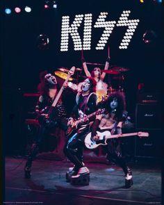 Kiss-Alive...........