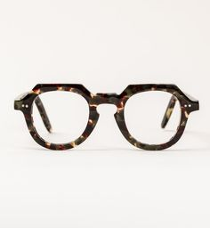 Metz - inspired modern glasses, constructed from the very best components and finest vintage Italian acetates. Available from General eyewear Funky Glasses, Glasses Frames, General Eyewear, Sunnies, Lunette Style, Fashion Eye Glasses, Men Eyeglasses, Four Eyes, Optical Glasses