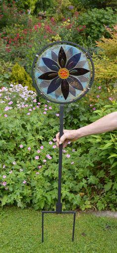 Fused Glass Garden Stake: https://www.etsy.com/uk/shop/AmandaPullinGlass http://www.ebay.co.uk/sch/amao1202/m.html