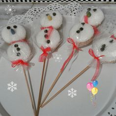 Eti Puftan Minik Kardan Adamlar Little Snowmen From Flesh Pouf, Christmas Crafts For Gifts, Winter Crafts For Kids, Christmas Candy, Kids Christmas, Gifts For Kids, Kids Crafts, Diy Food Gifts, Diy Baby Gifts, Cute Gifts