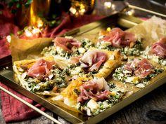 Food N, Food And Drink, Austrian Recipes, Xmas Food, Appetisers, Serrano, Food Photo, Pasta Salad, Food Inspiration