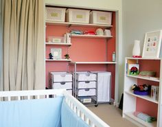 how to organize a small space nursery. @Maricela Clough-Chavez