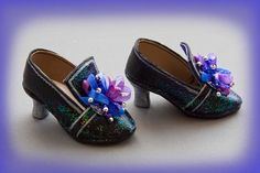 Barbie Shoes, Doll Shoes, Rococo, Art Doll Tutorial, Shoe Pattern, Vestidos Vintage, How To Make Shoes, Little Doll, Diy Doll