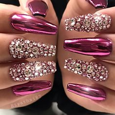 Ballerina Nails or Coffin Nails are a popular Manicure trend. Check out some of the best Ballerina Nail Art ideas and inspirations here. Bling Acrylic Nails, Best Acrylic Nails, Rhinestone Nails, Bling Nails, Coffin Nails, Fabulous Nails, Perfect Nails, Gorgeous Nails, Pretty Nails