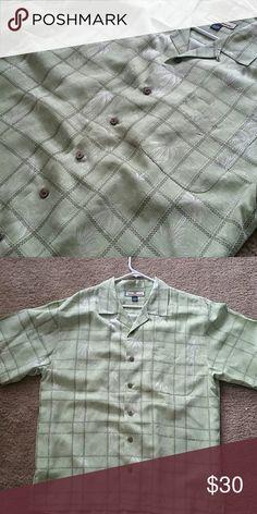 Tommy Bahama palm tree button up 100% silk Tommy Bahama Shirts