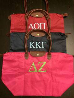 Wear your sorority Greek letters loud and proud, with the popular Longchamp-inspired tote bag embroidered with your sorority name or Greek letters on
