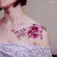 Lovely botanical shoulder piece by Diana Severinenko