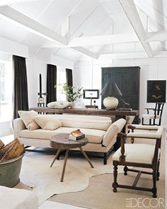 Living room DESIGNED by Darryl Carter.....Neohni, an idea of furniture for your large living room