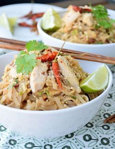 Recept na Pad Thai Vietnam, Asian Recipes, Ethnic Recipes, Chicken Wings, Pasta Salad, Tea Time, Food Porn, Food And Drink, Cooking