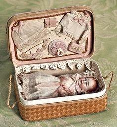 antique baby doll in presentation case ... c. 1910 Bambole D epoca 5318105c059