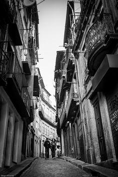Rua de Cimo da Vila www.webook.pt #webookporto #porto #ruasdoporto Foto de Sérgio Miranda