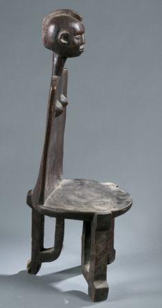 Zoromo style chair of a clan ancestor.