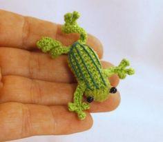 Mesmerizing Crochet an Amigurumi Rabbit Ideas. Lovely Crochet an Amigurumi Rabbit Ideas. Beau Crochet, Crochet Mignon, Crochet Frog, Crochet 101, Crochet Amigurumi, Crochet Motifs, Cute Crochet, Amigurumi Patterns, Beautiful Crochet