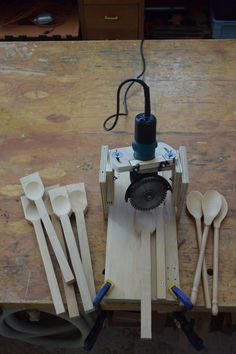 spoon carving jig: