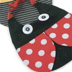 Baby Bibs - Fabric & Stitching How-Tos