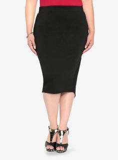This sharp-looking black midi skirt has a flattering envelope back and an elastic waistband for ultimate comfort and style.