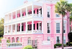 How pretty is this pink building? This looks like the perfect place for a bachelorette party or just a girls weekend getaway!
