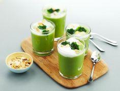 Recepten - Cappuccino van broccoli met geroosterde amandelen