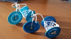 Bomboniera all'uncinetto a forma di bicicletta,Crocheted wedding favor in the shape of a bicycle