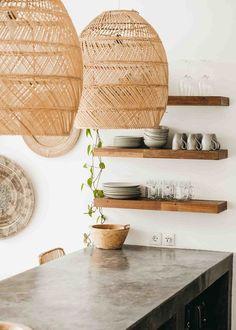Bali Style Home, Bali Decor, Earthy Home, Bali House, Natural Home Decor, Inspired Homes, Cozy House, Home Decor Inspiration, Kitchen Interior