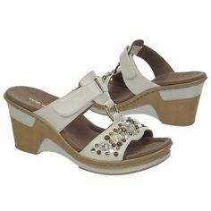 Natural Soul by Naturalizer Women's Raquel Wedge Sandal at Famous Footwear