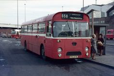 6471. DHA 471K Midland Red by chucklebuster, via Flickr Blue Bus, Red Bus, Transport Museum, Bus Coach, Busses, Leicester, Coaches, Birmingham, Airplanes