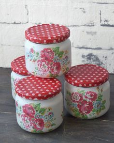 Mason jars - set of four - shabby - romantic - vintage - cottage - Cath Kidston style - flowers Red Mason Jars, Bottles And Jars, Diy Bottle, Bottle Art, Leaf Knitting Pattern, Can Storage, Recycle Cans, Recycled Glass Bottles, Apothecary Jars