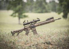 Awesome Aero Precision build from Holt Works Photography with our Hexmag Magazine, Tactical Rubber Grip, and MLOK Rail Panel. Airsoft Guns, Shotguns, Firearms, Awesome Guns, Cool Guns, Ubr Stock, Aero Precision, Fn Scar, Ar Rifle