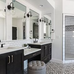 Bathroom Ideas, example 9032081295 - Truly delightful decor examples and tricks for a marvellous room. Bathroom With Makeup Vanity, Master Bathroom Vanity, Bathroom Vanity Lighting, Bathroom Art, Master Bedroom, Big Bathrooms, Rustic Bathrooms, Black And White Master Bathroom, Relaxing Bathroom