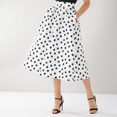 From mini to midi to maxi, your dream skirt is waiting at Coast. Discover all the skirts you'll love in our new-season collection. Big Skirts, Skirts For Sale, Pleated Maxi, Midi Skirt, Coast Skirts, Coast Outfit, Ted Baker Skirts, Feminine, Skirts
