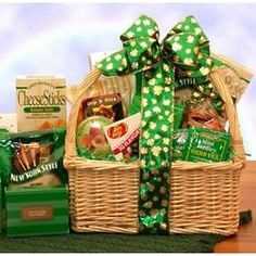 Talk about lucky! Your gift recipients will feel extremely fortunate to receive something as tasty and thoughtful as our St. Patrick's Day Snacks gift basket. Your Saint Pattie's Snack Basket includes: Focaccia Parmesan Crackers New York bagel chips Holiday Gift Baskets, Themed Gift Baskets, Holiday Gifts, Basket Gift, St Patrick Day Snacks, Iced Tea Mix, Sweet Peanuts, St Patrick's Day Gifts, Lemon Cookies