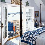 Dark blue and white quilt is the perfect color contrast