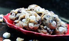 Soft and Chewy Smores Cookies from http://www.carlsbadcravings.com/soft-and-chewy-smore-cookies/