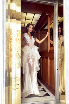 Sylwia Romaniuk Fashion Designer Beautiful wedding dress