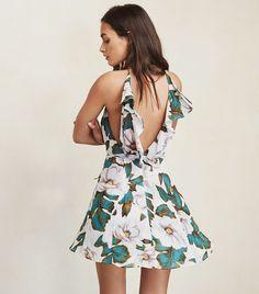 Lauren Conrad's Ultimate Summer Shopping List via @WhoWhatWear